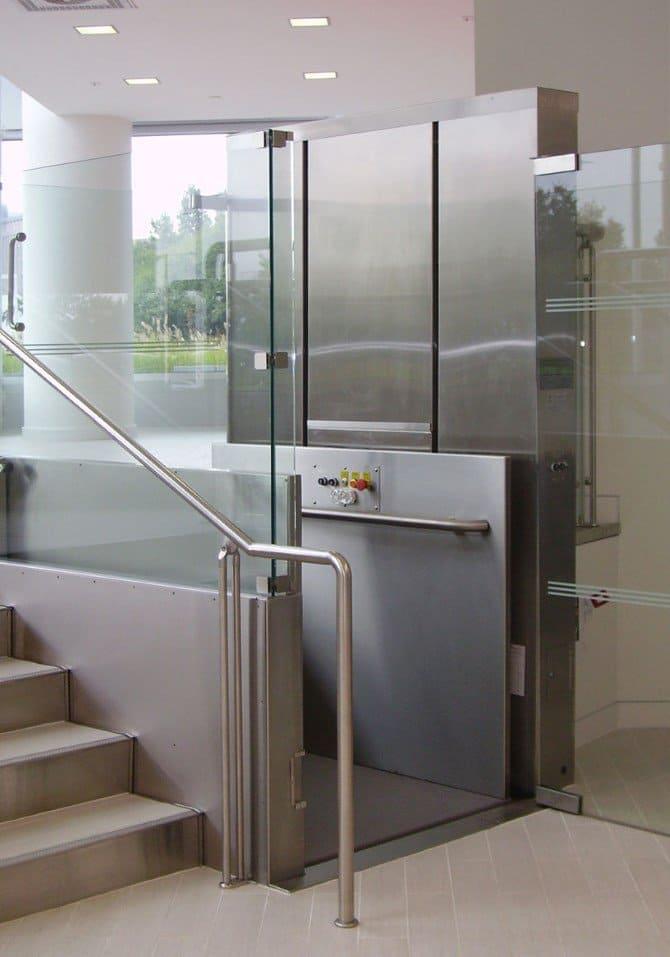вертикальный подъемник для инвалидов купить